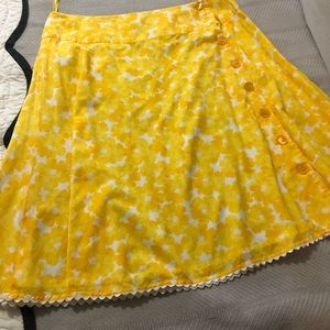 Yellow Jones New York Button Front Skirt